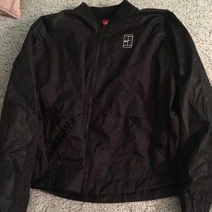 Nikecourt jacket